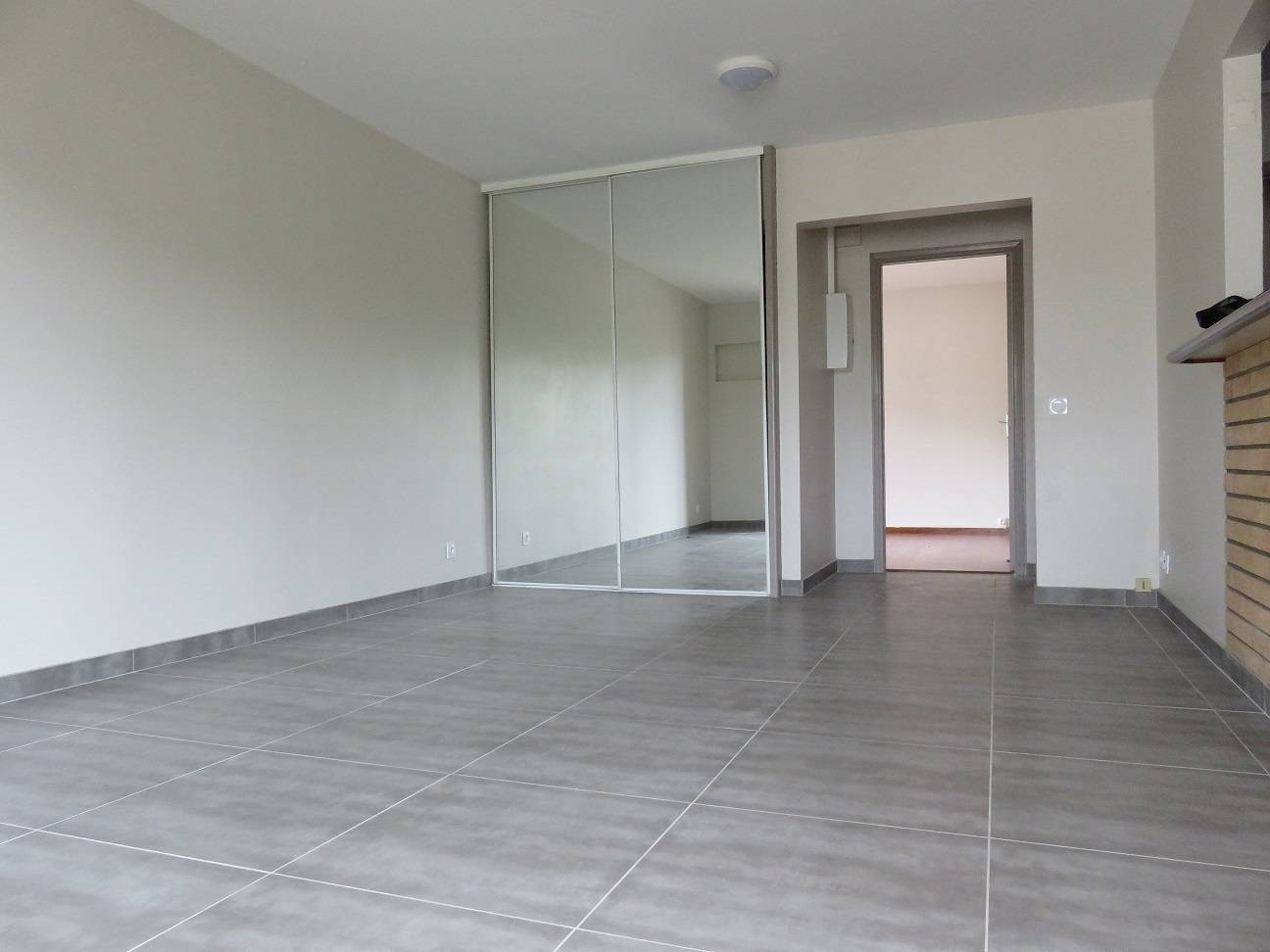 Appartement f2 noum a vall e des colons for Appartement f2
